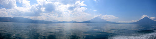 A panoramic view of Lago de Atitlán.