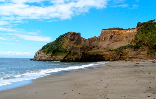 The beach near our campsite at Ancud on Chiloe.