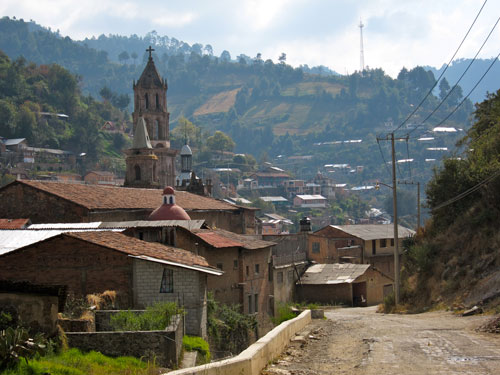 Another view of the town of Angangueo.