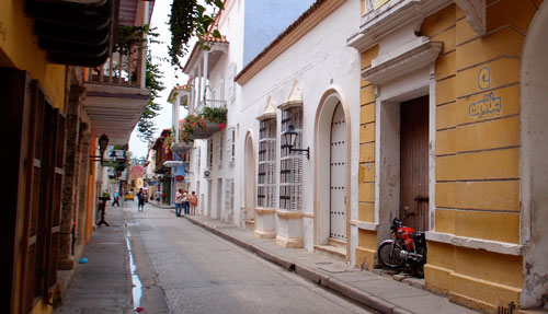 A street in the old district of Cartagena.