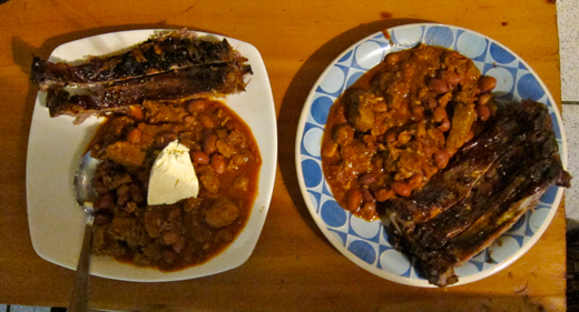 A dinner of ribs and chili.