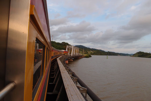 train from Colon to Panama City
